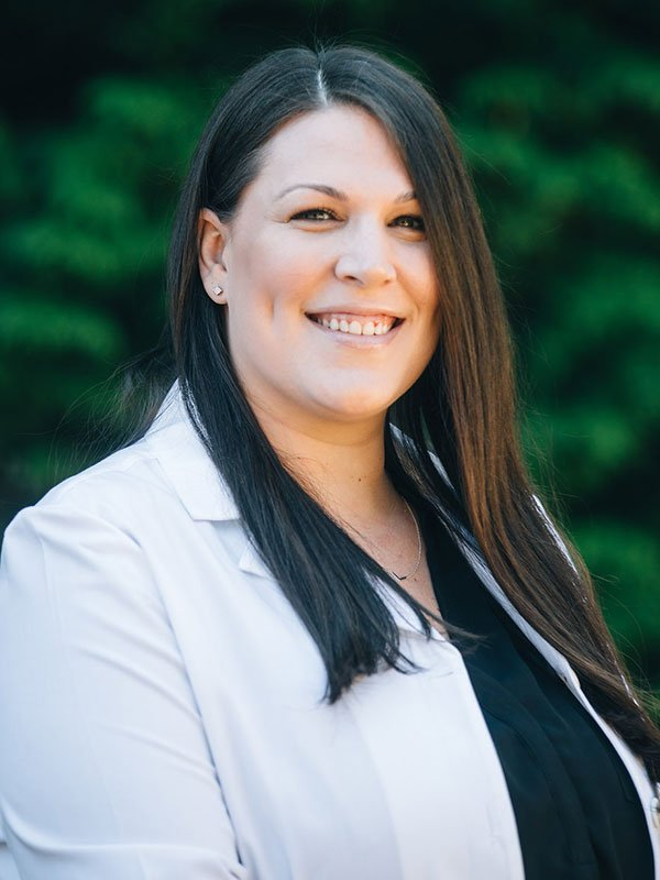 Lindsay Deskins, ME